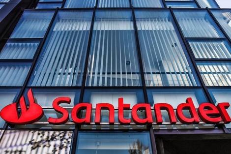 Santander: o banco abriu um programa exclusivo para pessoas com deficiência (Jakub Porzycki/Getty Images)