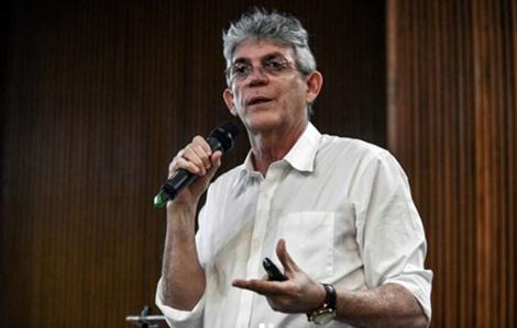 Ministério Público pede pede a devolução de R$ 49.307.156,11, perda do cargo, função, emprego ou mandato eletivo dos denunciados