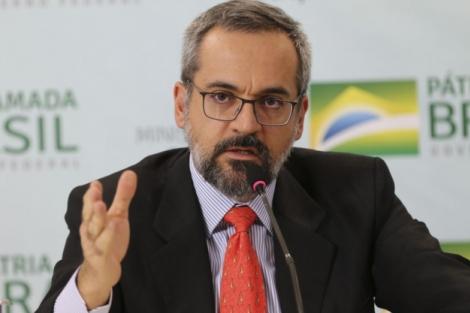 A fusão é criticada no meio acadêmico e científico. Ministro da Educação, Abraham Weintraub (Foto: Fabio Rodrigues Pozzebom/Agência Brasil)