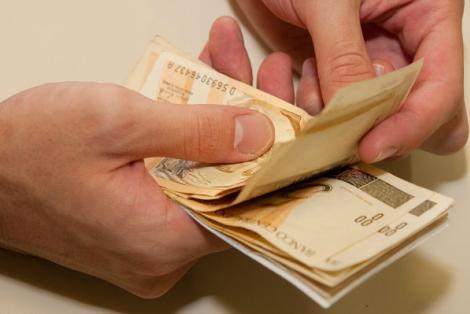 Cursos terão como objetivo melhorar a gestão do orçamento familiar