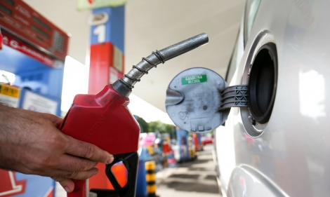 Medida antecipa debates na ANP e autoriza também desde já a compra direta de etanol dos fornecedores, sem passar pelas distribuidoras.