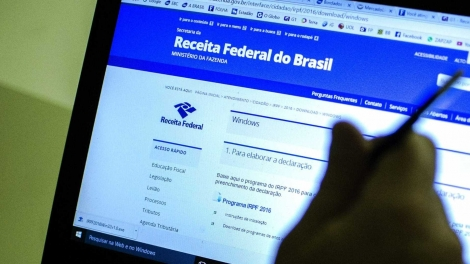 Ao todo, 1.142.680 pessoas receberão o dinheiro na conta-corrente informada no envio da declaração. (Foto: Marcelo Camargo/Agência Brasil)