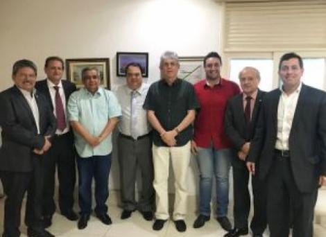 Aníbal se reúne com Ricardo Coutinho e confirma adesão à base governista