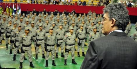 Mais nove policiais militares promovidos por ato de bravura na Paraíba