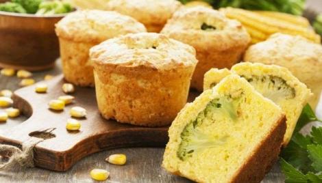 Muffin com brócolis é receita saudável e prática para ter lanchinho a semana toda