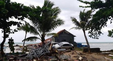 Número de mortos por desastre chega a 222, com mais de 700 feridos. (Foto: REUTERS/Adi Kurniawan)