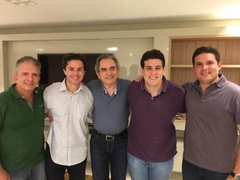 Raimundo Lira em encontro com Nabor Wanderley, Veneziano, André Amaral e Hugo Motta