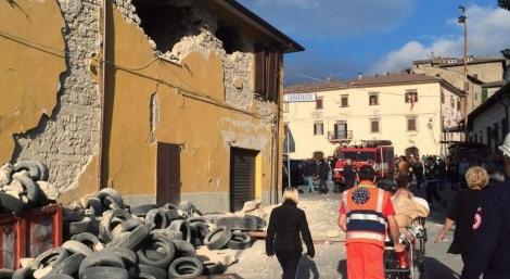 O tremor devastou a cidade de Amatrice e tamb�m deixou v�timas em Accumoli e Arquata (Foto: REUTERS/Steve Scherer)