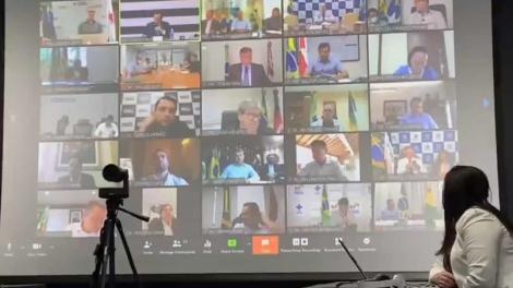 O encontro ocorreu após os governadores terem se reunido, em grupos separados, com o presidente da República e ministros.