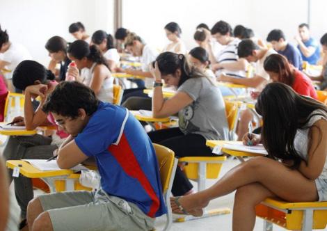 São seis editais com 462 vagas de emprego em cargos de todos os níveis de escolaridade.