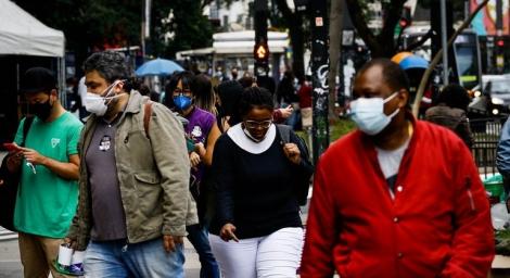 Com números atualizados, país chega a 553,1 mil óbitos causados pela doença e 19,79 milhões de infectados