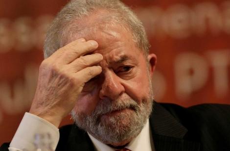O pedido foi apresentado depois que o agora ex-juiz federal Sergio Moro aceitou o convite para ser ministro da Justiça no governo de Jair Bolsonaro. (Foto: Ueslei Marcelino / Reuters)